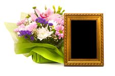 Free Beautiful Bouquet And Golden Frame Royalty Free Stock Photos - 18613078