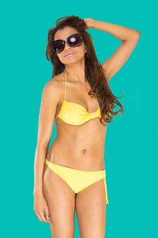 Free Bikini Girl Royalty Free Stock Images - 18617219