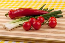 Free Green Onion, Tomatoes And Red Pepper Royalty Free Stock Photography - 18623047