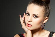 Free Fashionable Woman Royalty Free Stock Photo - 18627355