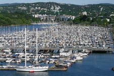 Free Harbor For Yachts Royalty Free Stock Photos - 18629088