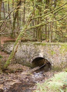 Free Old Stone Bridge Stock Image - 18636471