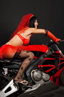 Free Beautiful Bride On Motorbike Royalty Free Stock Photo - 18637165