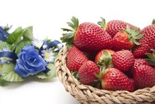 Free Strawberries In The Basket Stock Photos - 18642073