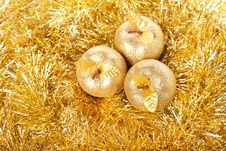 Free Golden Apples Royalty Free Stock Photography - 18644847
