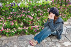 Free Rest Her Chin In Hands In Dianthus Graden Royalty Free Stock Images - 18644999