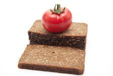 Free Tomato On Wholemeal Bread Stock Photo - 18649970