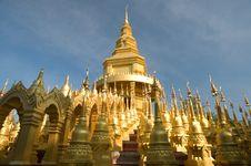 Free Five Hundred Pagoda Royalty Free Stock Photo - 18650555