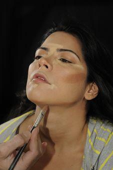 Free Hands Applying Make Up On Hispanic Girl Royalty Free Stock Photos - 18660308
