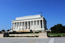 Free Flying Over Lincoln S Memorial Stock Photography - 18666042
