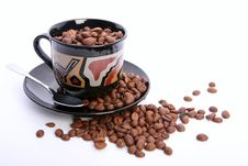 Free Cup Of Coffee With Coffee Grain Royalty Free Stock Photo - 18669185