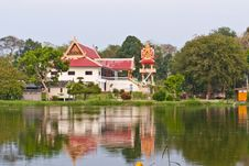 Buddhist Temple And The Reflection Royalty Free Stock Image