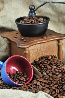 Free Coffee Grinder And Cup Stock Image - 18678691