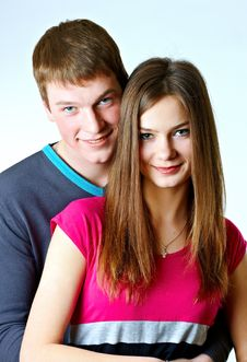 Free Portrait Of A Young Couple Royalty Free Stock Photos - 18682558