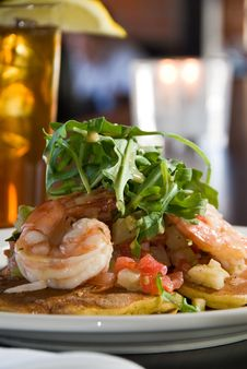Free Pancakes With Shrimp And Arugula Royalty Free Stock Images - 18682599