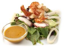 Free Salad With Prawns Royalty Free Stock Photo - 18687485
