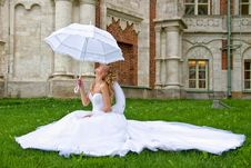 Free Bride With White Umbrella Royalty Free Stock Image - 18690596