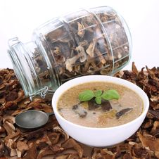 Free Mushroom Soup And Dried Mushrooms Stock Photo - 18691550