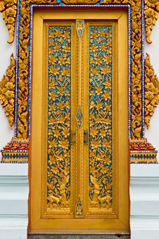 Free Traditional Thai Style On Door Royalty Free Stock Images - 18694389