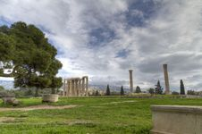 Free Temple Of Olympian Zeus In Athens,Greece Royalty Free Stock Images - 18695359
