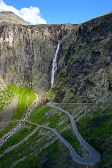 Free Trollstigen Hairpin Bends Stock Photos - 18697473