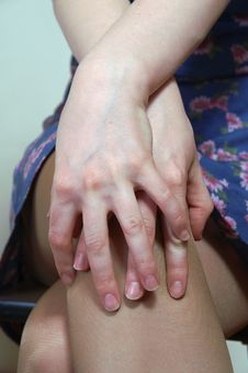 Free The Women S Hands On The Naked Knees Stock Photo - 1871390