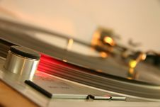Free Red Strobe Light On A Silver DJ Turntable Royalty Free Stock Photos - 1872358