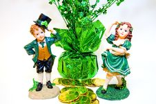 Free Leprechaun Figurines With Gold Stock Images - 1875474