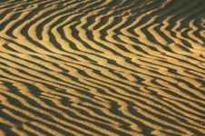 Free Waves Of Sand Royalty Free Stock Images - 1879199