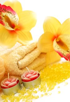 Free Bath Salt, Sponge And Flowers Isolated On White Stock Photography - 18710412