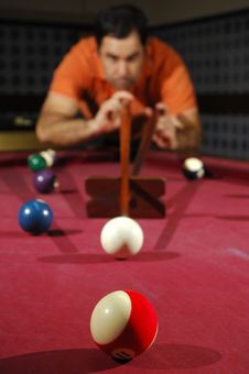 Free Person Playing Snooker (focus On The First Ball) Royalty Free Stock Images - 18714479