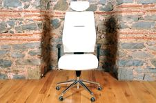 Free Office Chair Royalty Free Stock Photos - 18715038