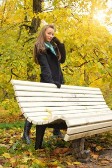 Free Woman In Autumn Royalty Free Stock Image - 18718716