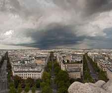 Free Clouds Over Paris Cityscape Royalty Free Stock Photos - 18719278