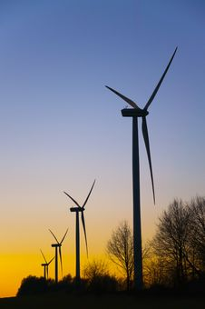 Free Wind Farm At Sunset Royalty Free Stock Image - 18724786