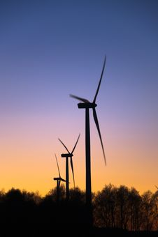 Free Wind Farm At Sunset Royalty Free Stock Photo - 18725075