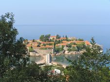 Free Sveti Stefan Island Royalty Free Stock Image - 18725456
