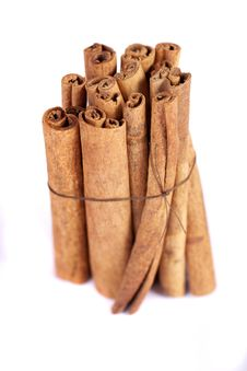 Pile Of Cinnamon Spice Quills Royalty Free Stock Photos