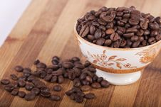 Free Beans Of Coffee On A Bowl Royalty Free Stock Photography - 18729877