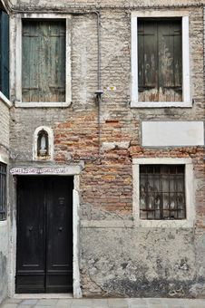 Free Venetian House Stock Photo - 18732780
