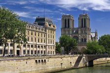 Free Notre Dame Cathedral In Paris Royalty Free Stock Photography - 18734047