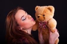 Free Beautiful Girl Royalty Free Stock Photography - 18735957