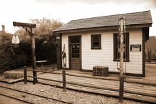 Free Old Train Station Royalty Free Stock Photography - 18737537