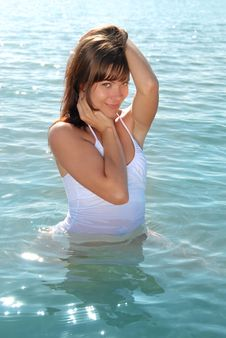 Free Girl Flirt In Water Royalty Free Stock Photography - 18741767