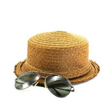 Free Straw Hat And Sunglasses Stock Image - 18745451