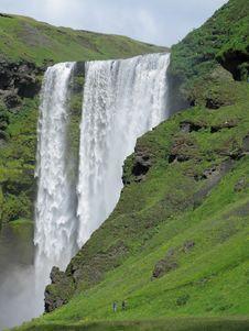 Free Shimmering Icelandic Waterfall Stock Image - 18748801
