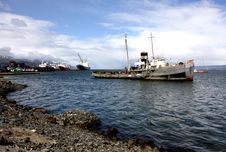 Free Ushuaia Harbour, Argentina Royalty Free Stock Images - 18755719