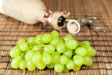 Wine - From Grapes To Bottle Royalty Free Stock Photography