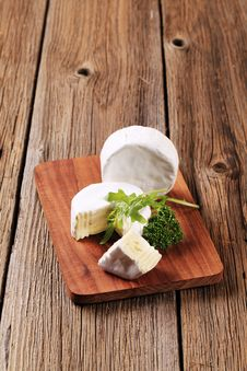 Free White Rind Cheese Stock Images - 18757024