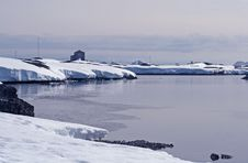 Free Winter Island Antarctica 2 Royalty Free Stock Image - 18762426
